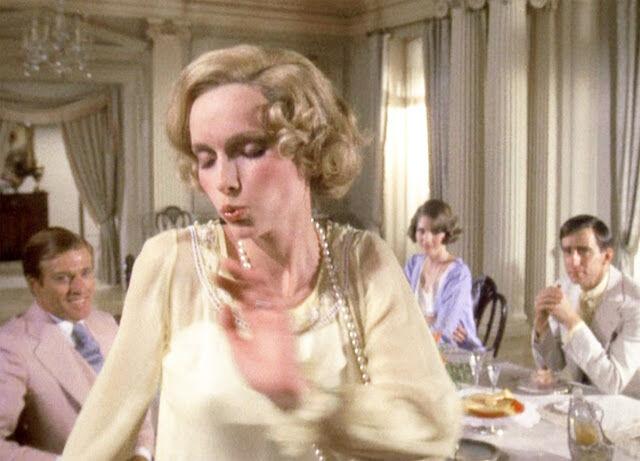 Jelenet A nagy Gatsbyből: Mia Farrow (Daisy)